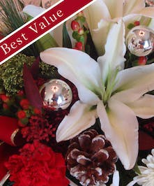 A great Christmas arrangement expertly designed